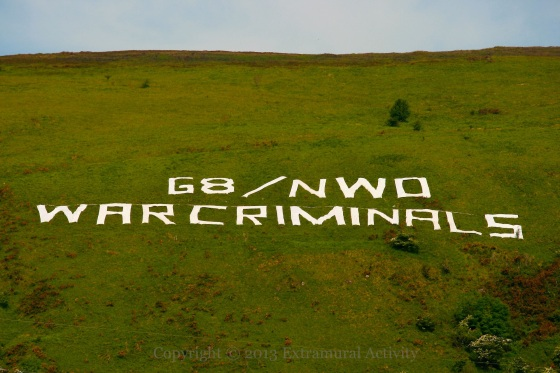 2013-06-18 G8WarCriminals+