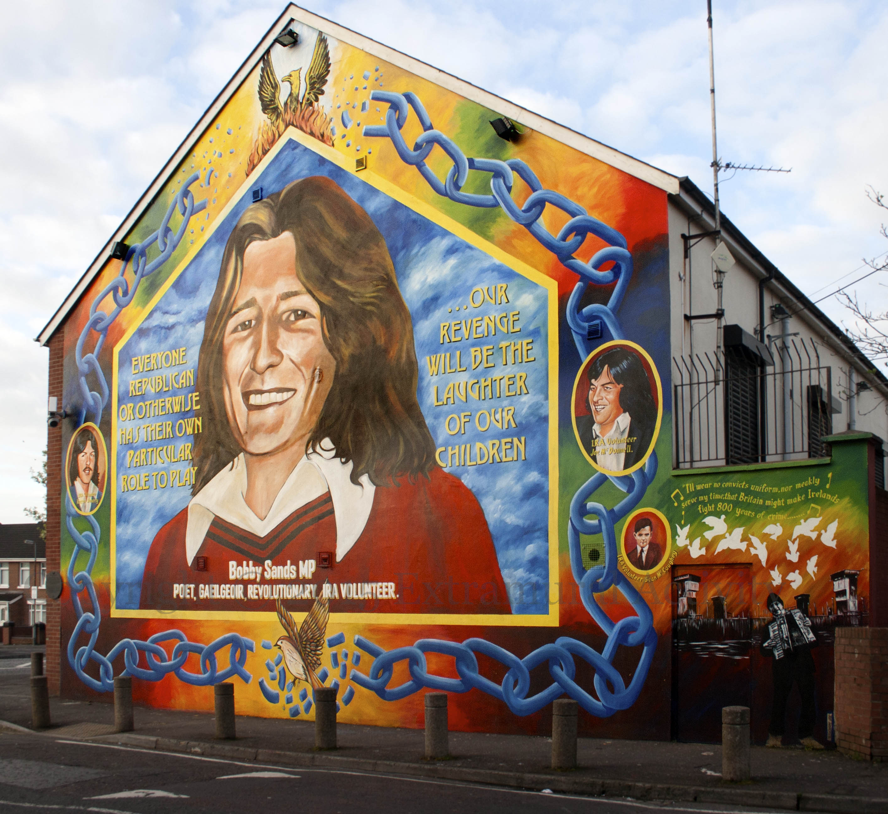 Facelift extramural activity for Bobby sands mural