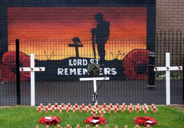 03167 2015-11-11 Lord St Remembers close+