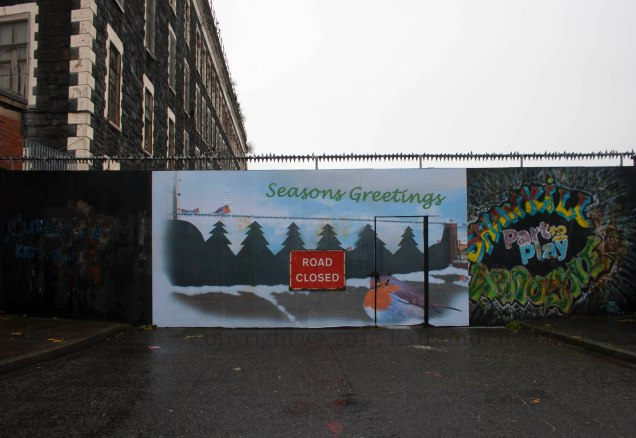 03230 2015-12-26 Seasons Greeting Ardoyne w+