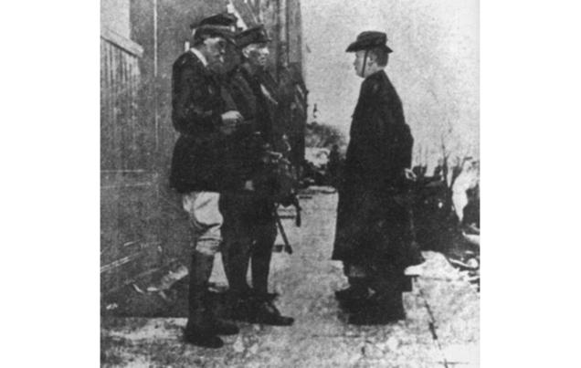 Pearse-Lowe-1916