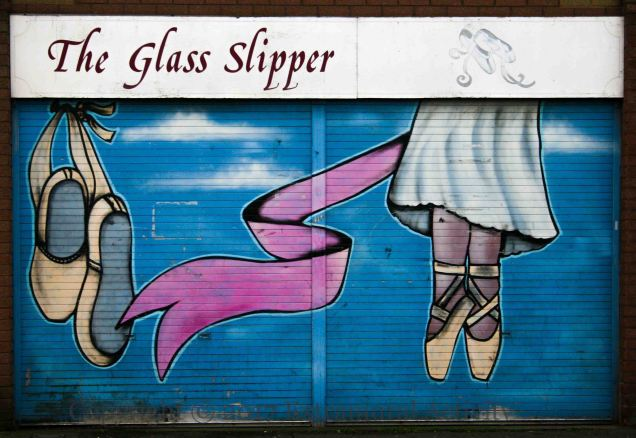04044-2017-02-21-glass-slipper